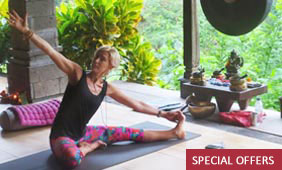 jan green yoga retreat in Bali