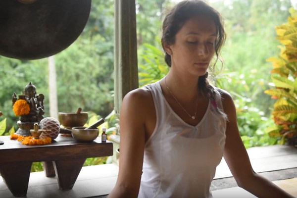 karina galnares yoga retreat in bali