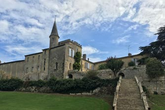 yoga and wine retreat in bordeaux france